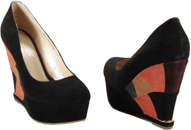 Модные розовые туфли на каблуке новые фото