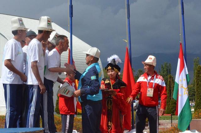 Игры кочевников: Сборная Кыргызстан-1 стала чемпионом по ордо