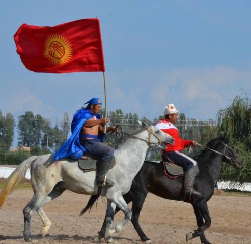 Игры кочевников: разыграли призовой фонд по эр эниш в размере 500 тыс. сомов
