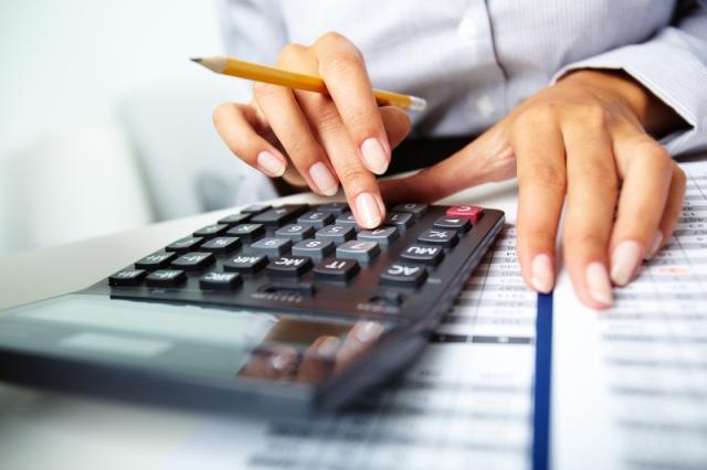 На обслуживание госдолга КР в следующем году направят более 15 млрд сомов