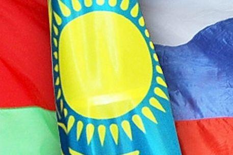 Около 60 % респондентов поддерживают вступление Кыргызстана в ТС - Сариев
