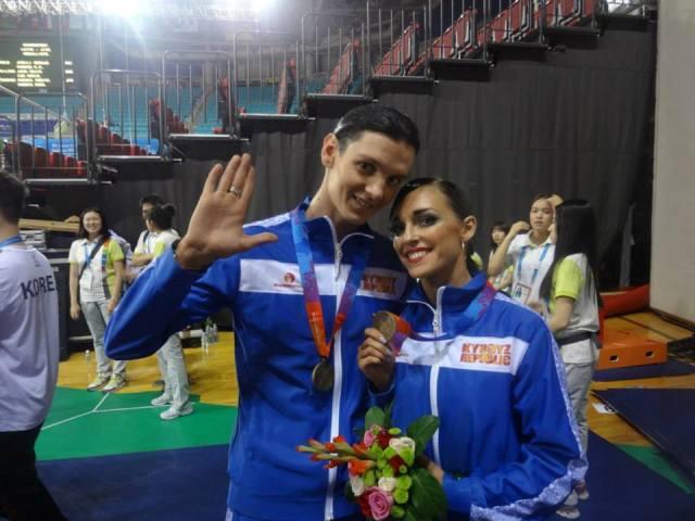 Танцевальная пара из Кыргызстана завоевала 8 золотых медалей на международных турнирах в Китае