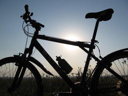 В Бишкеке началась регистрация желающих принять участие в велопробеге с препятствиями