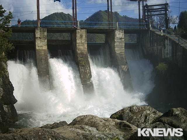 Верхне-Нарынские ГЭС компенсируют потерю электроэнергии в период маловодья 2020 года – Горбенко