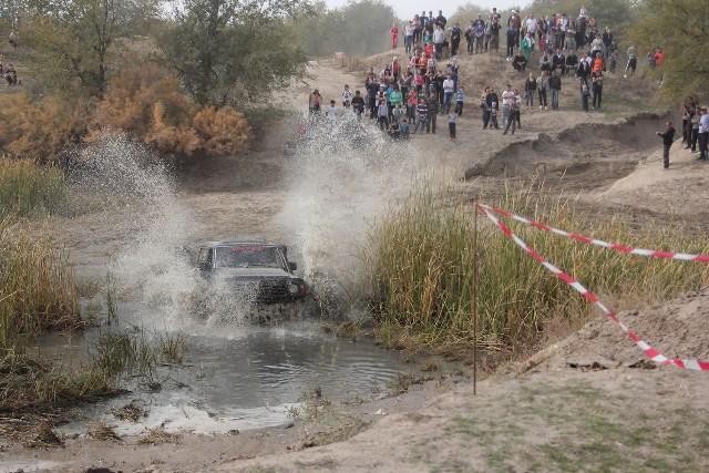 В Кыргызстане прошли «Большие внедорожные гонки»