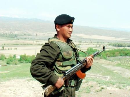 В Оше на базе Ошского пограничного отряда состоялся День открытых дверей
