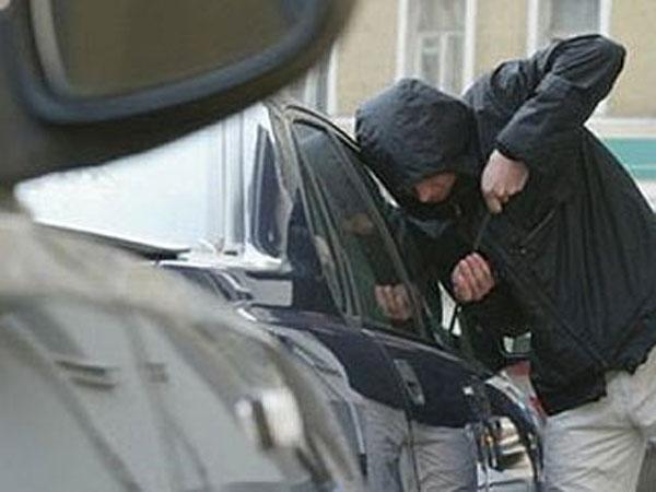 В Сокулукском районе задержаны подозреваемые в угоне автомашины