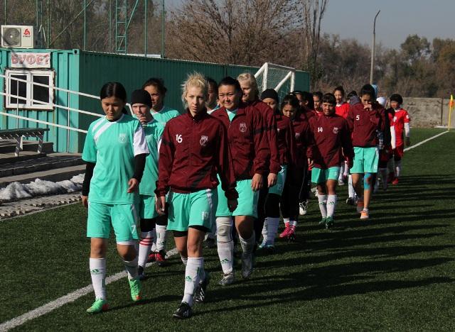 Воспитанницы спецшколы Олимпийского резерва стали чемпионками страны по футболу