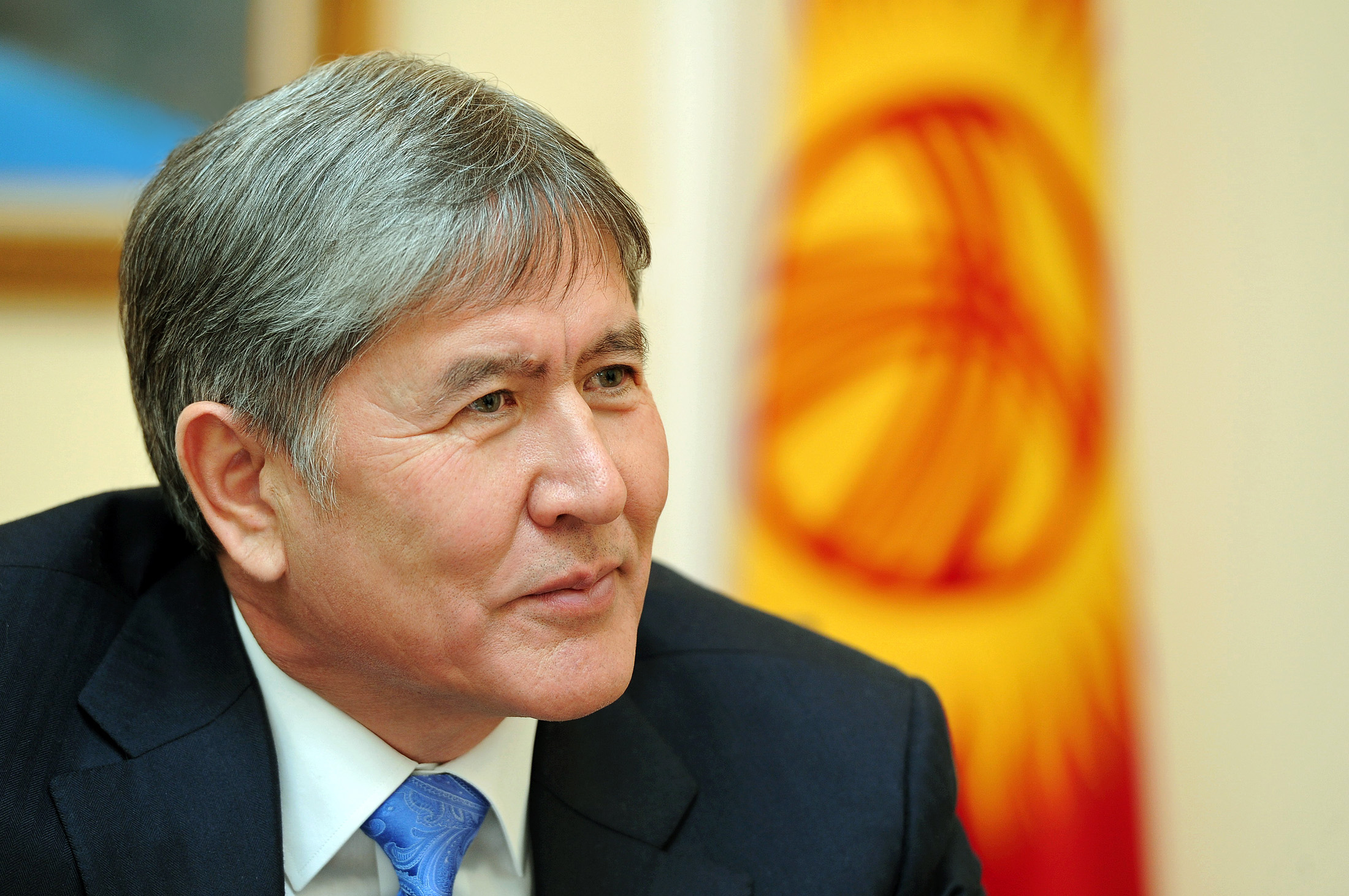 Атамбаев нанесет ответный визит в Швейцарию в марте 2015 года
