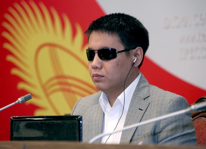 Дастан Бекешев предлагает проводить лотереи среди покупателей, требующих кассовые чеки