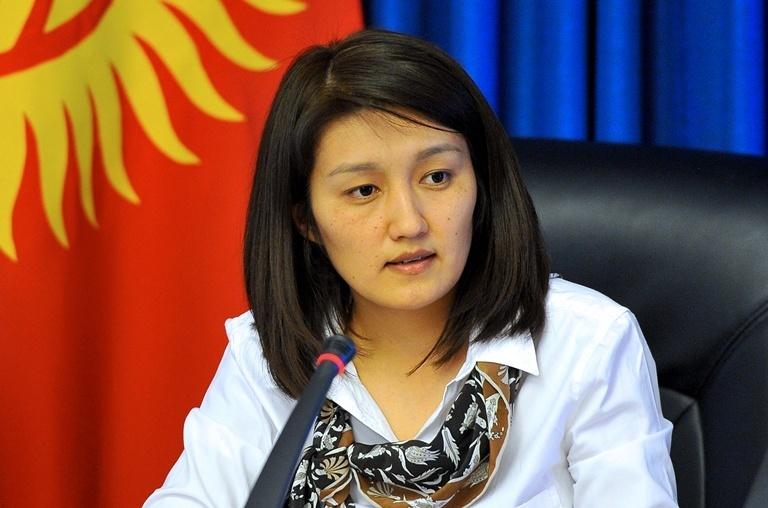 Жогорку Кенеш одобрил кандидатуру Эльвиры Сариевой на пост министра образования