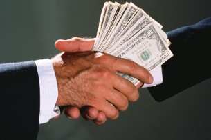Как надо бороться с коррупцией? — Де-Факто