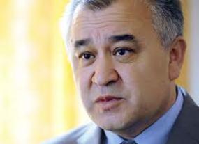 Омурбек Текебаев: законы разрабатывают «клерки»
