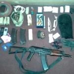 Целый арсенал оружия обнаружен в домах предполагаемых убийц участкового (фото)
