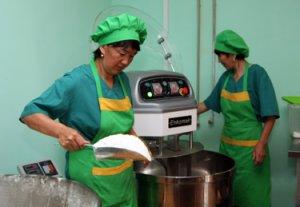 В Нарыне при поддержке MegaCom открыта муниципальная пекарня