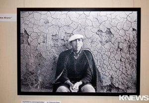 В Бишкеке стартовала выставка, посвященная 70-летию писателя и киносценариста Кубатбека Жусубалиева