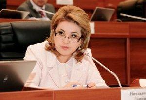 CAFMI: «Дамира Ниязалиева необоснованно препятствует принятию законопроекта о безвизовом режиме»