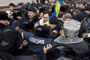 Беспорядки в казахстанском Жанаозене закончились мародерством. Арестованы 70 человек