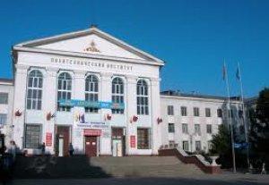 До 1 сентября в Бишкеке отремонтируют 56 образовательных учреждений