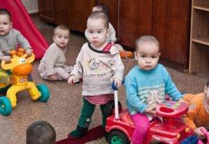 Ряд детских учреждений Кыргызстана получил помощь от MegaCom