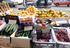 Цены на продукты питания в Караколе перед праздниками снизились