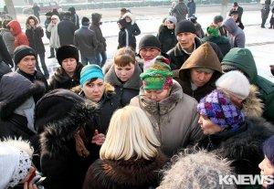 Родственники заключенных вновь митингуют, требуя отставки главы ГСИН