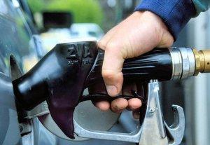Автовладельцы нашли способ обойти ограничения на заправку бензина