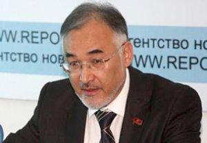 Турсунбай Бакир уулу от лица своей партии требует закрытия всех сект в Кыргызстане