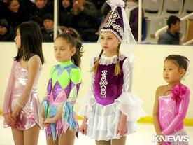 В Бишкеке стартовал чемпионат города по фигурному катанию