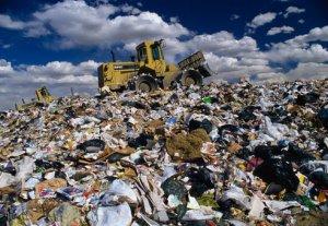 В Бишкеке на полигоне накопилось более 6 миллионов тонн мусора