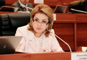 Дамира Ниязалиева: В Кыргызстане растет количество наркопотребителей, не достигших 18 лет