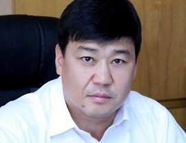 Бакыт Торобаев: «Силовые структуры соперничают, кто больше уголовных дел возбудит»