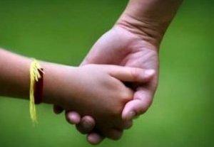 Турсунбек Акун: «Около 20 кыргызских детей находятся в домах малютки в России»