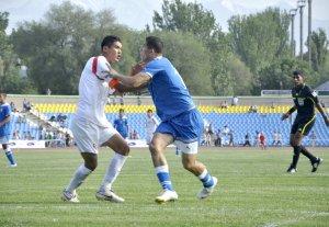 Сборная Кыргызстана по футболу снова потерпела поражение от узбекистанцев
