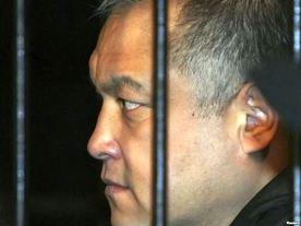 Митингующие намерены требовать отставки депутатов, проголосовавших за изменение меры пресечения Бакытбеку Калыеву