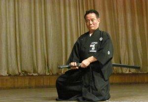В Бишкеке показали искусство владения самурайским мечом