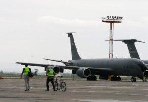 Алмазбек Атамбаев: «С 2014 года на территории аэропорта «Манас» не будет военной базы»