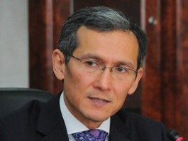 Джоомарт Оторбаев призвал бизнесменов активнее предлагать правительству идеи для реформ