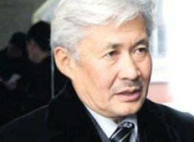 Турсунбек Акун: «Нужно прекратить практику вмешательства властей в работу судебных органов»