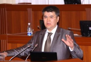 Учкунбек Ташбаев: «Среди госслужащих невозможно найти нормального человека, которого можно пригласить на работу»