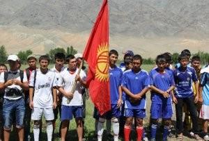 К 20-летию СДПК в Бакай-Атинском районе Таласской области состоялся футбольный турнир