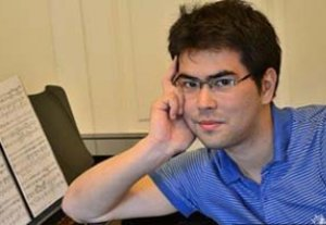 Кыргызстанский пианист Азамат Сыдыков был удостоен премии в Нью-Йорке