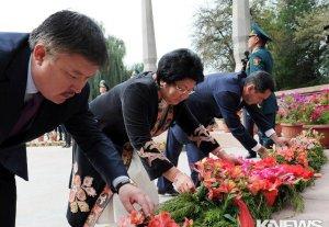 Роза Отунбаева приняла участие в праздновании 200-летия Курманджан Датки