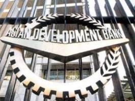 Крупными кредиторами Кыргызстана являются Китай, Международная ассоциация развития и Азиатский банк развития