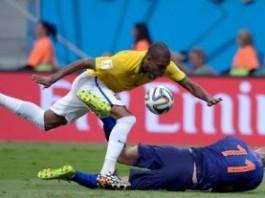 Голландия забрала бронзу у Бразилии