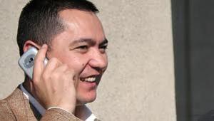 Депутат «Ата Мекена» обвинил Омурбека Бабанова в попытке рейдерского захвата
