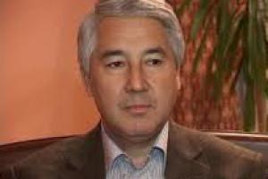Мыктыбек Абдылдаев избран постоянным лидером фракции «Ата-Журт»