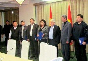 Кандидаты в президенты подписали меморандум против использования ими админресурса