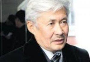 Турсунбек Акун: Особо грубых нарушений в предвыборной кампании кандидатов не зафиксировано