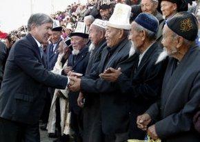 Алмазбек Атамбаев: «Я готов работать со всеми политическими лидерами ради развития Кыргызстана»